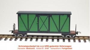 Kastenwagen, grün / schwarz